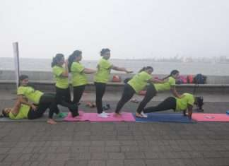 mumbai doing yoga