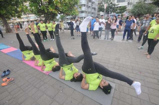 ladies yoga