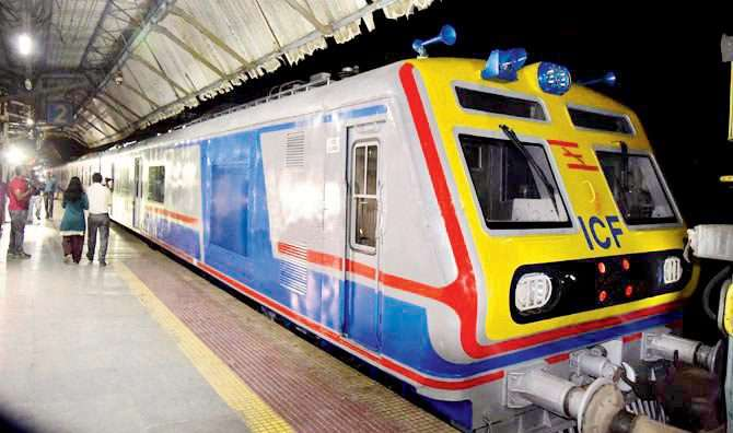 mumbai ac local service increases eight rounds on western railway