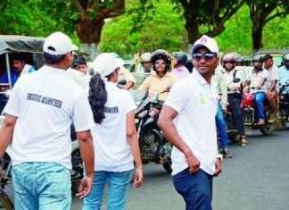 Odisha traffic contorl by students