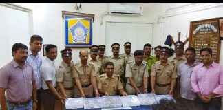 cops caught 9 thieves in 48 hours who looted 42 lakh rupees gold