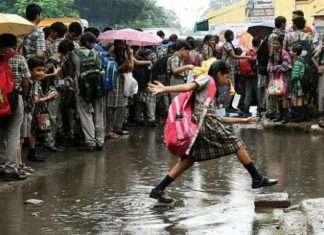 School, colleges reopen in kerala