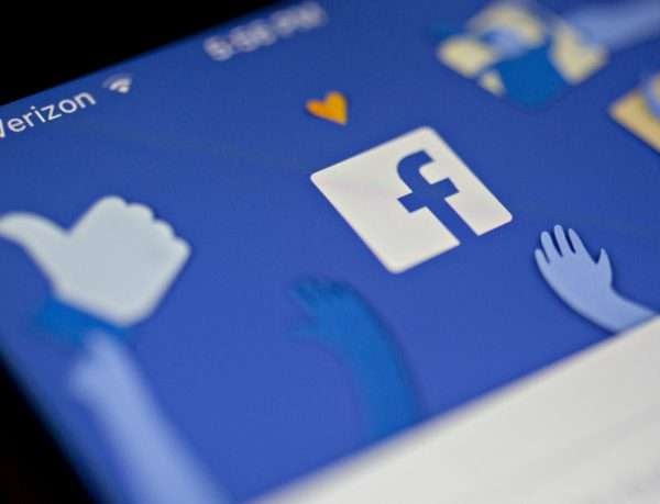 Private messages from 81 thousand accounts hacked from facebook says BBC Report