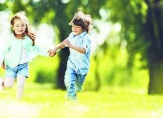 girl-boy-running