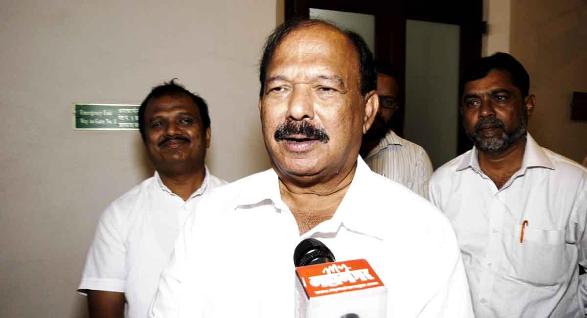 Kalidas Kolambkar Congress MLA
