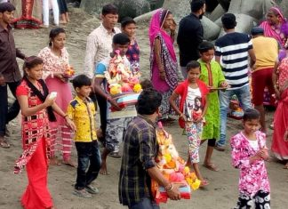 Immersion of 6 thousand idols in bhiwandi