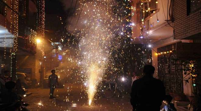 40 people were burnt to Diwali in Mumbai