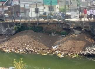 service road wall collapse in pune