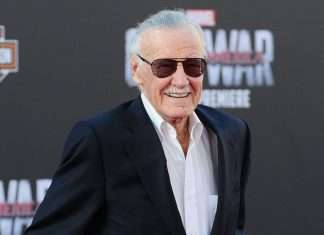 Bollywood mourns over Stan Lee's death