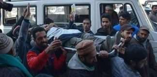 7 dead in clash after pulwama encounter