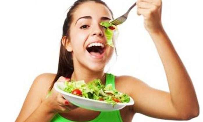 eating veggies