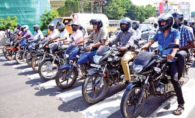 Helmet and seat belt compulsion reimposed in ahmednagar