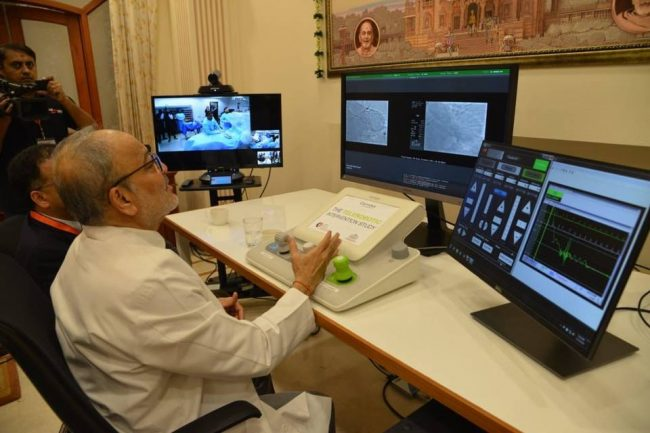 doc tejas patel while doing heart surgery