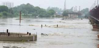 up prayagraj a boat carrying 14 people capsized in river yamuna 3 dead 5 missing