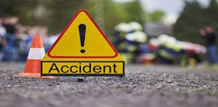 two people died on mumbai goa highway accident in lanja