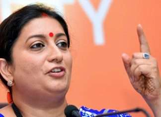Smriti Irani explains why an Indian woman should walk behind her husband. Old video is crazy viral
