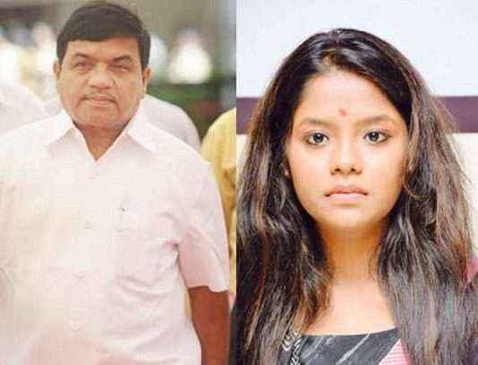 R R Patil Daughter smita patil