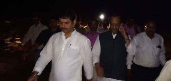 Ajit Pawar and Dhananjay Munde night walk