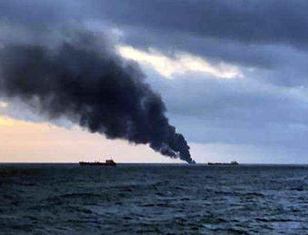 erch-strait-ship-fires