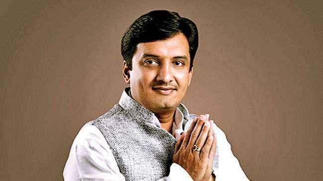 MP Dhananjay mahadik