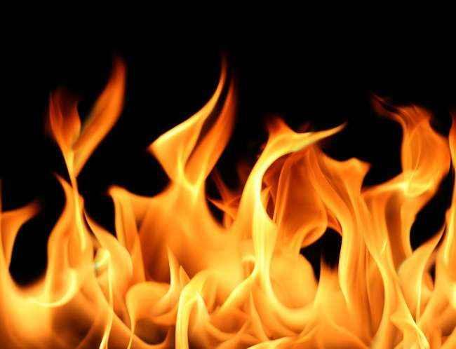 Major fire break out in Edible oil company in khalapur