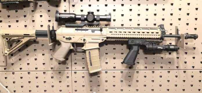 Indian soldiers will get 72 thousand Sig Sauer Assault rifles