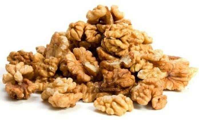 Walnut nuts