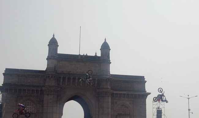 BIKE stunt in mumbai