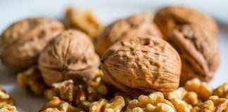 benefits eating walnut or akroad