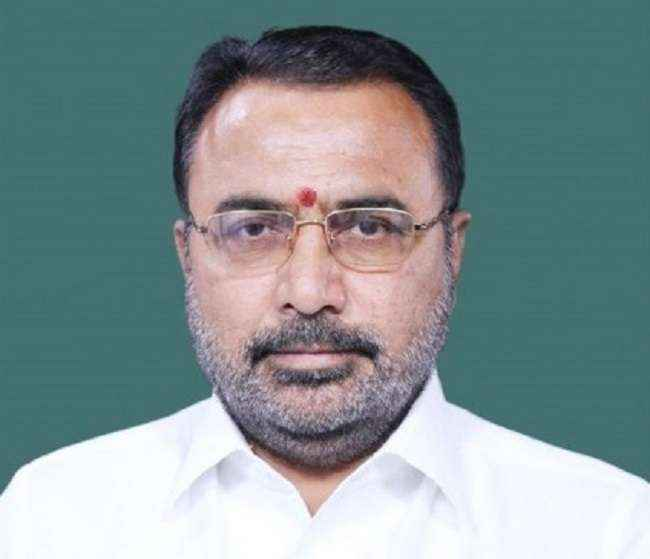 shivsena-mp-says-farmers-are-getting-less-compensation-of-land_730X365