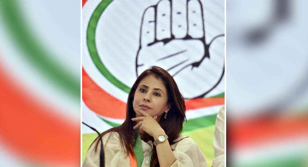 actress to politician journey of urmila matondkar
