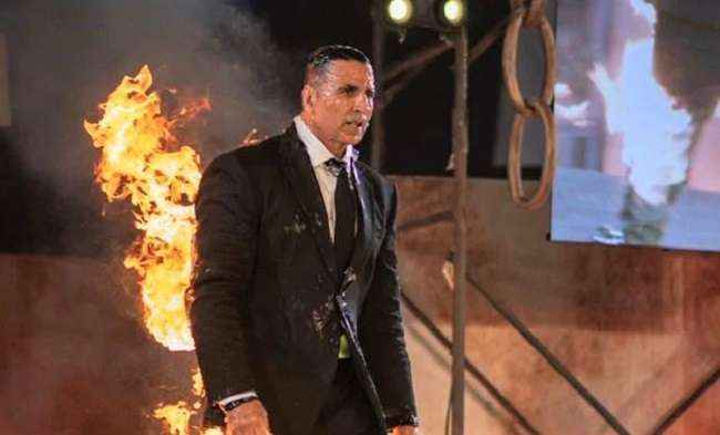 Khiladi on fire, akshay kumar's first web series 'the end' got announced
