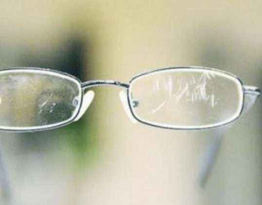 Specs scratches may damage your eyesight