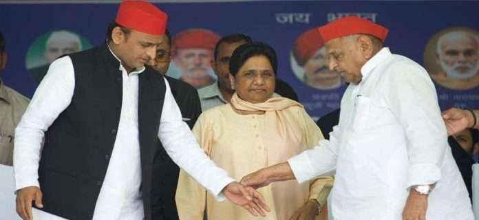 Mayawati and Mulayam Singh Yadav join trally