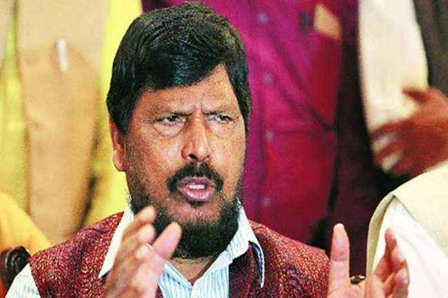 Ramdas athawale gave answer to abu azmi on team india orange jersey in world cup issue 2019