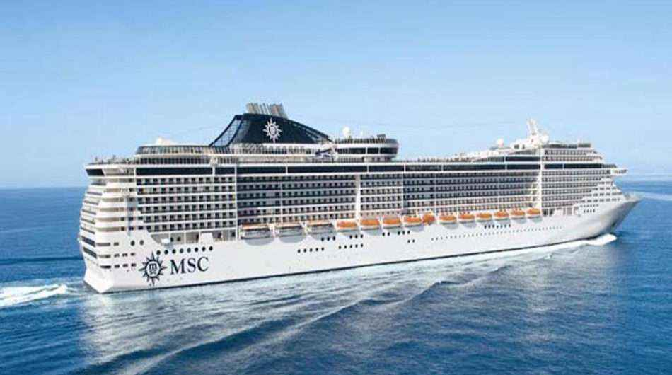 msc divine ship at panama