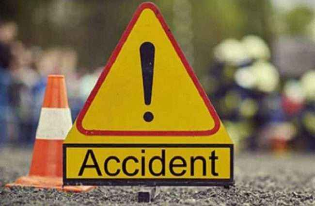 5 people dead in different accident in maharashtra
