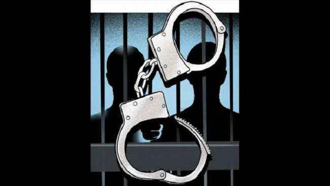 Fake police arrested in thane