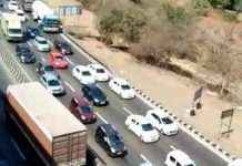 Transportists on mumbai pune expressway the traffic arrangement collapses