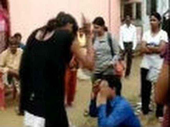 woman beat eve teaser by sleeper