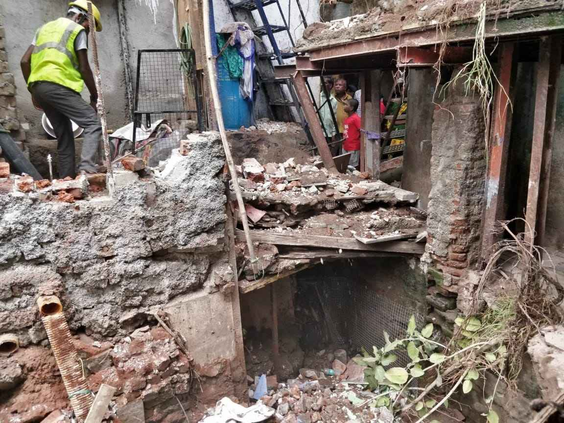 Bmc vandalised illegal construction in vilre parle