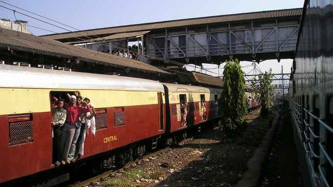 trans harbour railway 20 to 30 minutes delay