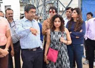 RJ Malishka with Pravin Pardeshi