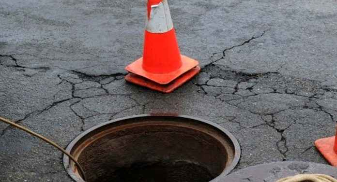 Manhole drainage in Kalyan