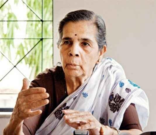 Nirmalatai wife of shiv shahir babasaheb purandare passed away