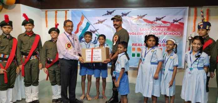 on this Independence Day special wishes given by students to Soldiers