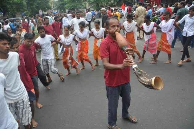 world tribal day celebrate in thane