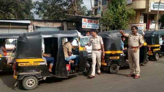 auto rikshaw drivers in dombivli beated women