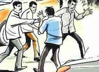 omie kalani and opposition fighting between people in ulhasnagar