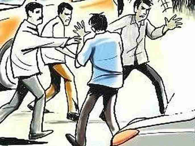 car driver beaten up by drunken police in nashik